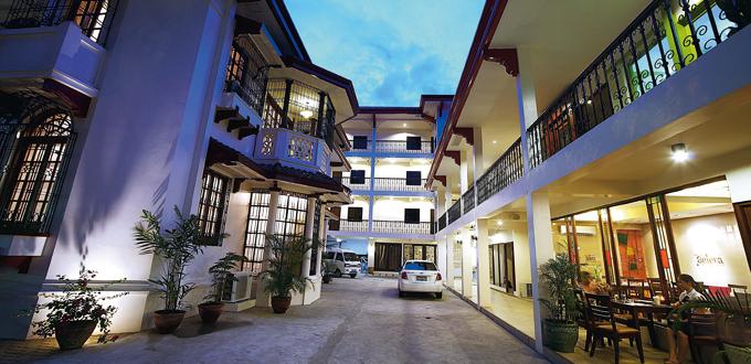 Legaspi Suites courtyard (Rhonson Ng)
