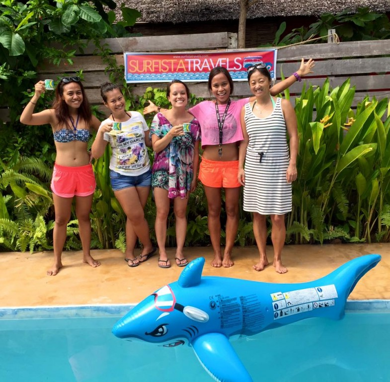 With her surfistas
