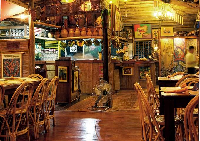 KaLui interior. Photo by Allan Barredo