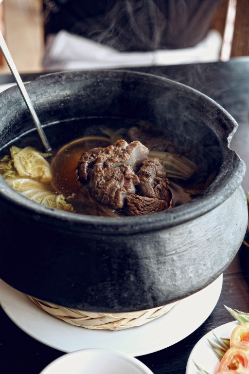 Beef shank bulalo. Photo by Jocas See