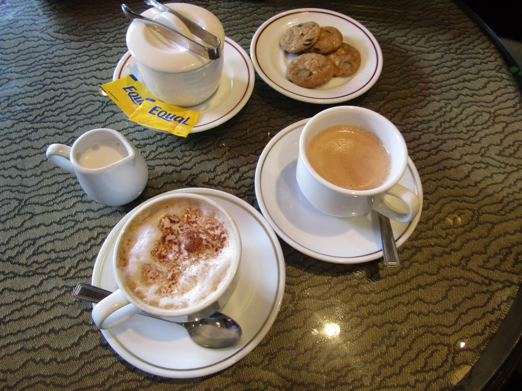 Intercon coffee's only saving grace was the plate of cookies that came with it