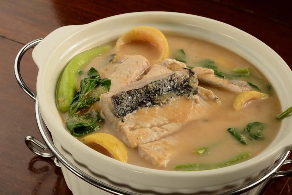 Abe's sinigang na bangus (milkfish) sa bayabas (guava)