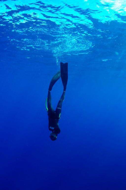 Lakambini LaRoque heading towrds Camia shipwreck, Boracay Island