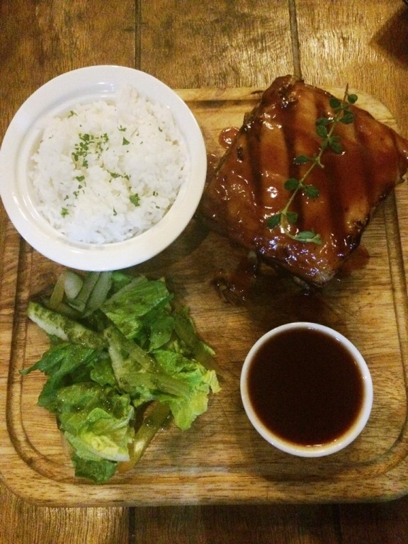 The restaurant's star: the baby back ribs