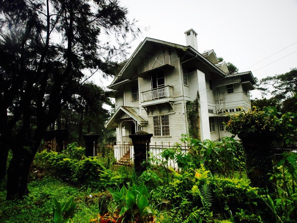 The Laperal House in Baguio. Photo by Ferdz Decena