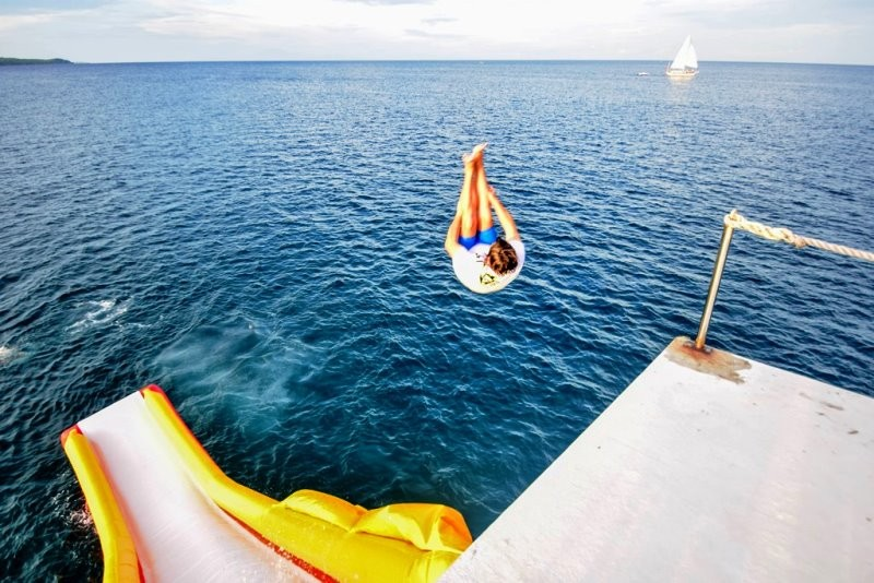 An adrenaline rush awaits those who dare jump off the launchpad into Boracay's waters