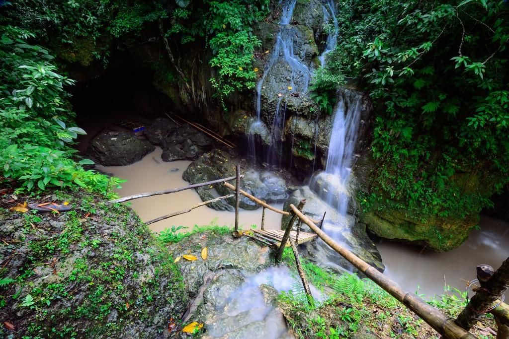 Quitinday Underground River in Jovellar, Albay