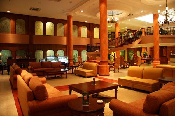 The lobby at Hotel Stotsenberg