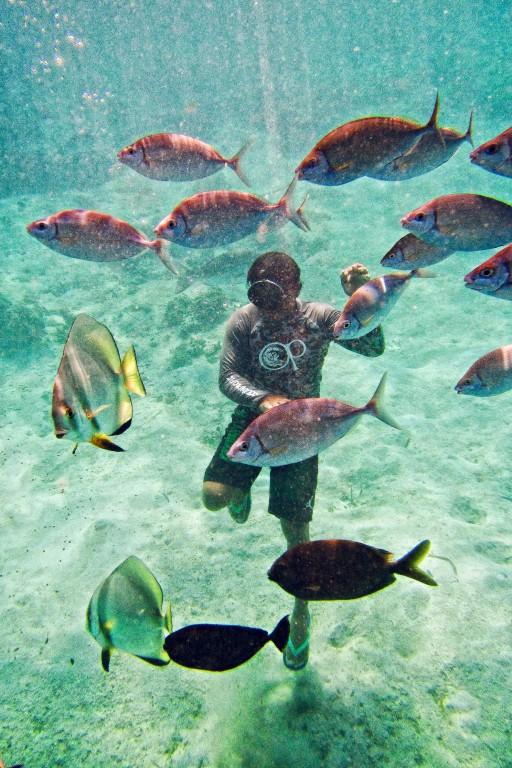 Juag Lagoon is a natural aqurium of sort. By Christian Sangoyo