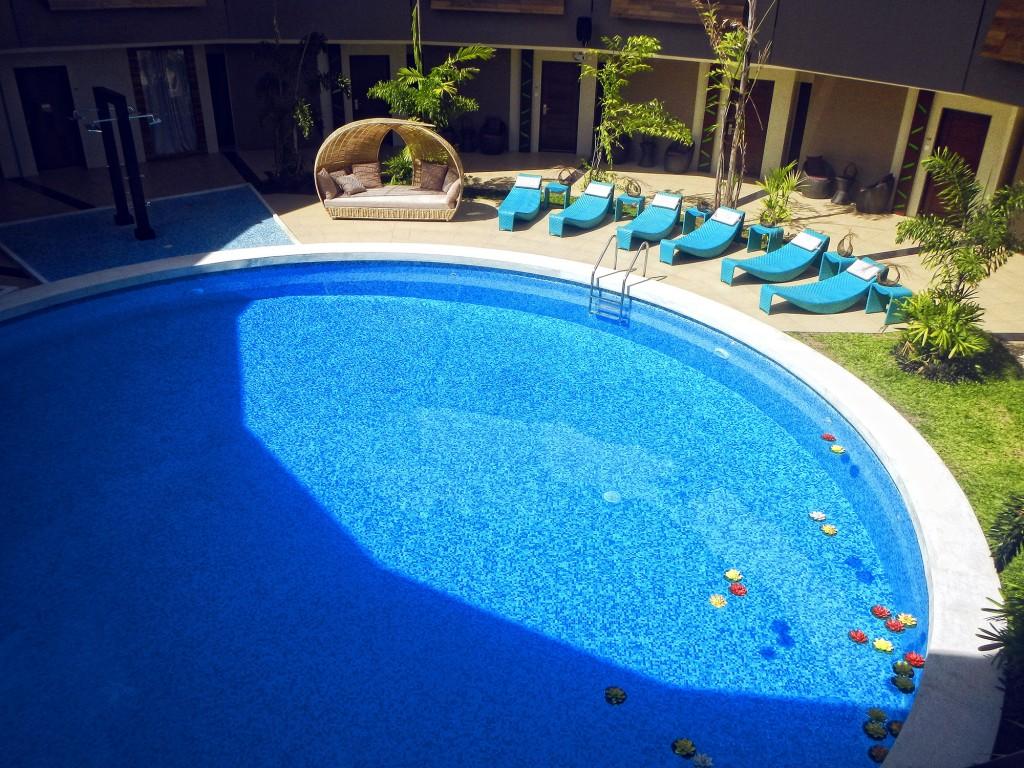 Outdoor pool of Oriental Bataan