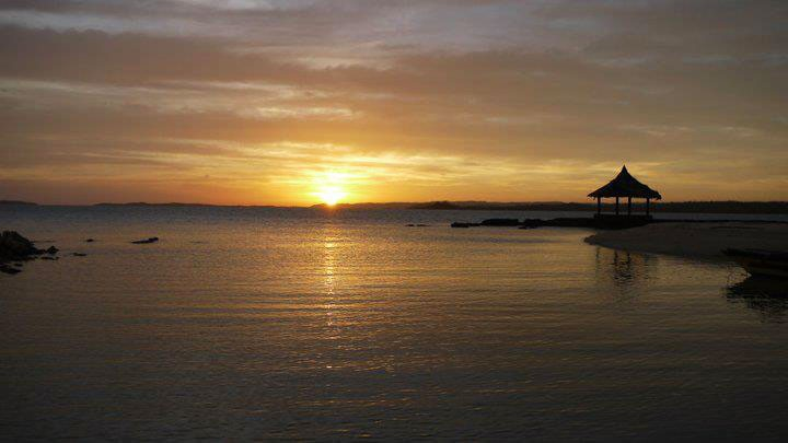 Sunset at Nagarao Island Resort pinched from Nagarao Island Resort's Facebook page
