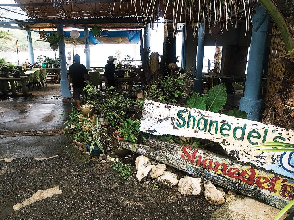 Shanedel's Inn & Cafe By Ferdz Decena