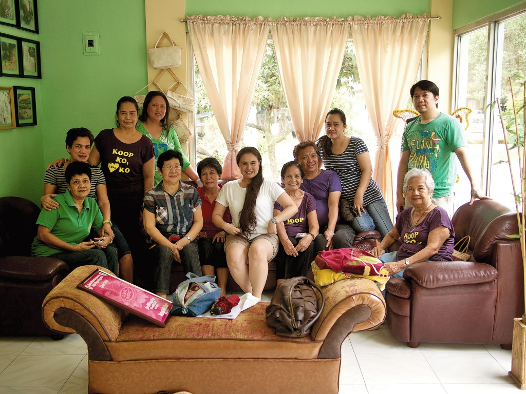 The members of House of Lea with Monica De Leon