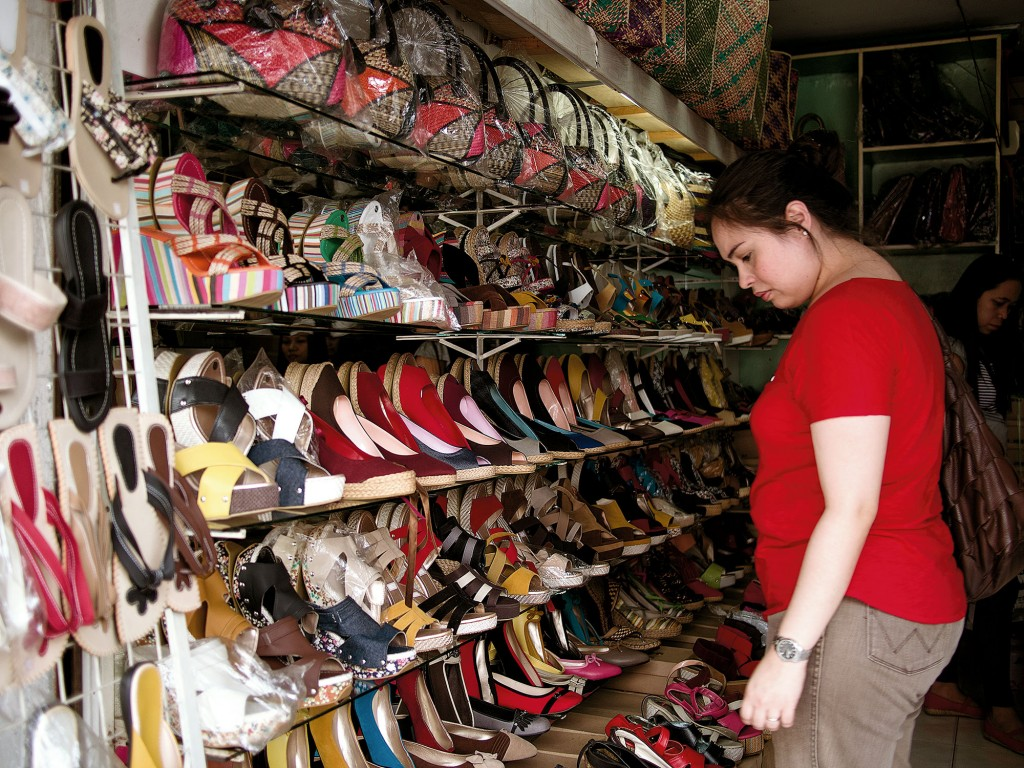 Canvas espadrilles is one of Liliw's best buys. Archipelago managing editor Monica de Leon goes shoe shopping.