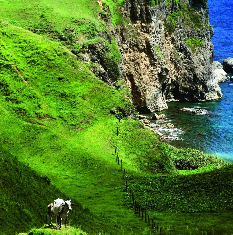 Vayang, Batanes, photo by Oggie Ramos