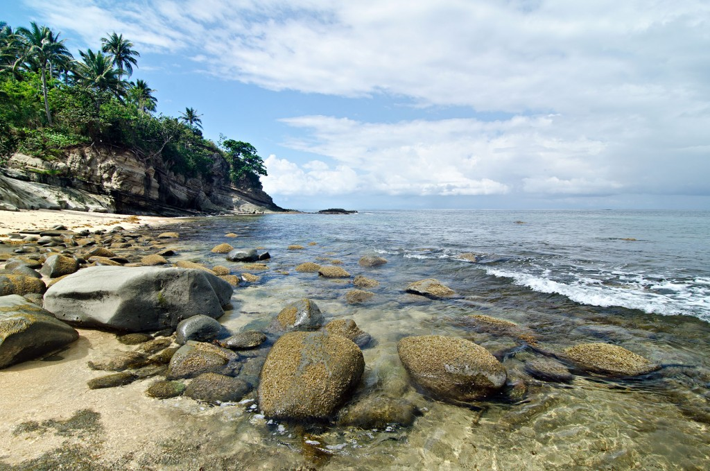 The rocky end of Sitio Cabungaan's beach