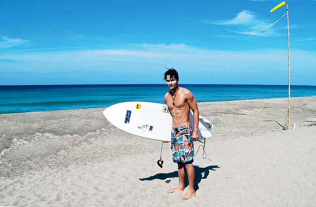 Rafael Rosell in Zambales. Photo courtesy of Rosell