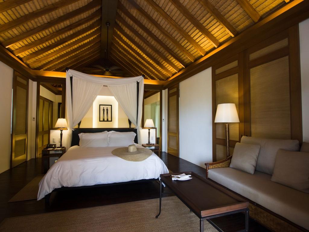 Pangulasian Island Resort Pool Villa interior