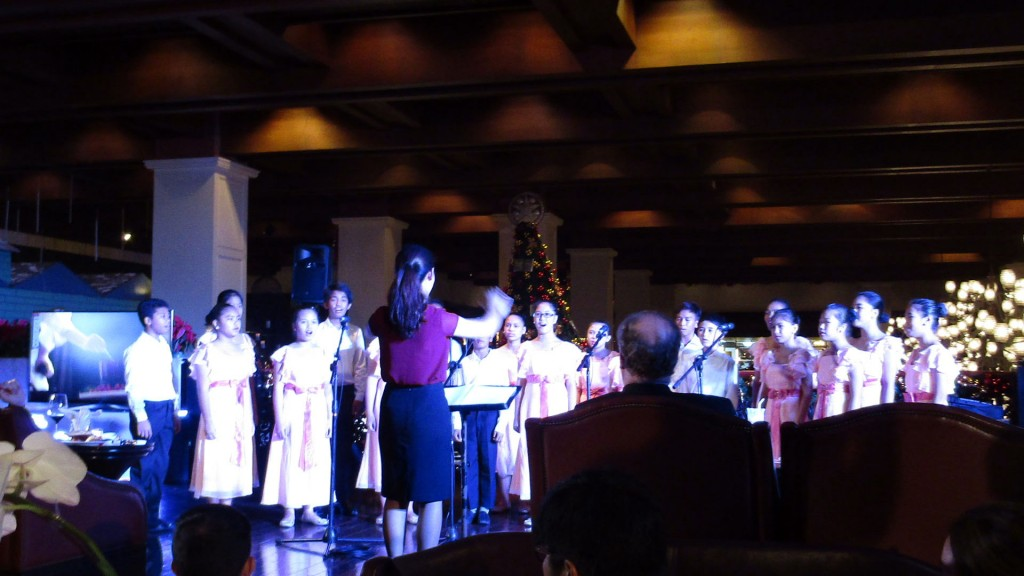 Virlanie Children Choir performs a couple of songs at the evening event at Le Bar