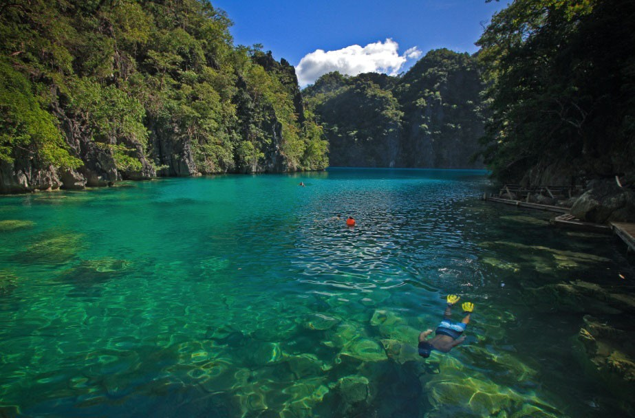 Kayangan Lake near the resort is excellent for snorkeling