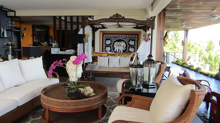 The main sala, which opens to the lanai with a view